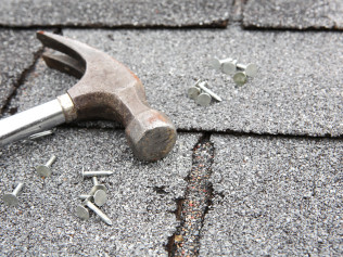 How to file an insurance claim for a new roof